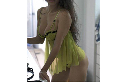 22yo,  Amy,  100% real pic,  Sexy.  In/Out