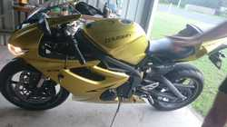 New battery, quick-shifter. Carbon fibre parts, adjustable levers, Arrow exhaust. 18218kms.  recent...