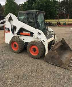 S205,66HP Diesel,2008,Enclosed Cab with Heat and Air Conditioning,945h,Power Bob-Tach System,4 in 1...