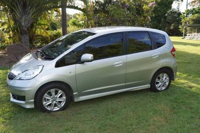 HONDA JAZZ VTi 2012, 5 door hatch, 5 spd, man, A/C, rego, 85,000 kms, tint, body kit, $9000 ono....
