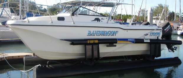 Suite power Catamaran 7-10m   $12,500 ono   0417 773 710    YORKEY'S BOAT C...