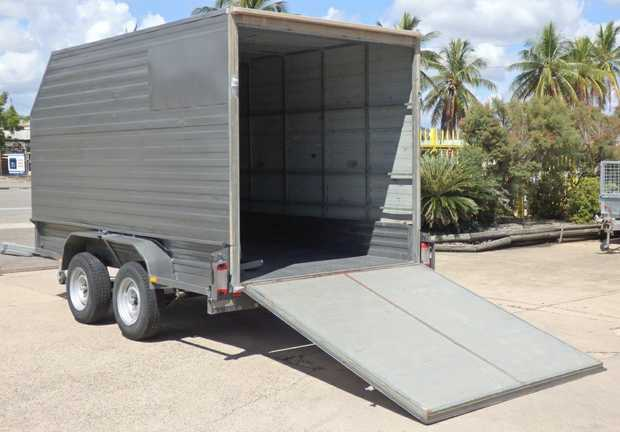 FURNITURE TRAILER 12x6'