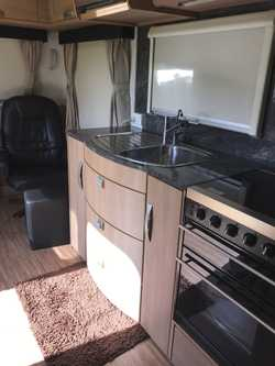 25ft Jayco  Sterling  Outback..2012 ...BR Slideout..large Ensuite...Solar..2way Radio...2 Recliners....