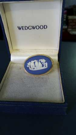 (I ALSO HAVE AN OVAL WEDGWOOD BROOCH IN BLUE AND WHITE JASPERWARE AND A ROUND GREEN (SAGE) & WHITE W...