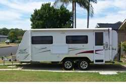 JAYCO Stirling 19ft. 07. Dual axle, ensuite. Ready to travel. Exc. condition, stored under cover....