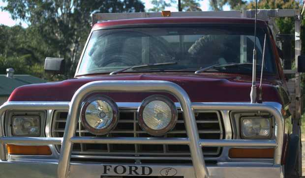FORD F100 4x4 V8   1980 Model with camper ready for holiday   long range fuel tank,   ...
