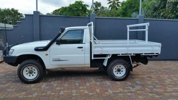 2000 model, manual, 200,000ks, excellent condition.   RWC.   After mark...
