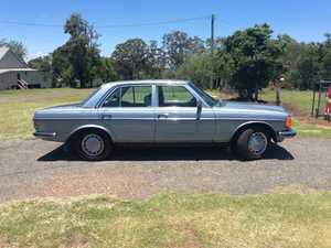 Mercedes 1980 280E