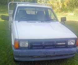 95 MAZDA B2600 5 spd, A/C, P/S, T/B, 333,000 kms, mags, new tyres & batt, clean, tidy, rel, e...