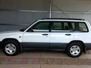 2000 Subaru Forester wagon GX