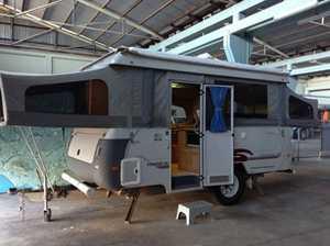 COROMAL OFF-ROAD 421 SILHOUETTE CARAVAN