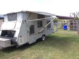 2008 Coronal 511 Excel Pop Top