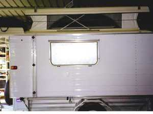 CAMPER TRAILER POP TOP