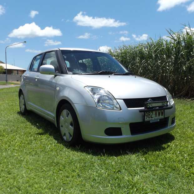 SUZUKI SWIFT GLX 2007 Model