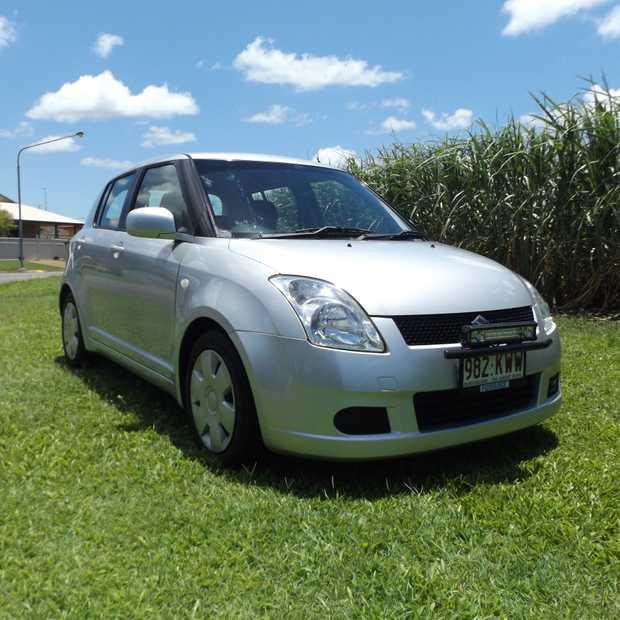 SUZUKI SWIFT GLX 2007 Model   Silver hatchback, automatic 4 speed, 88,190klms,   logbooks...