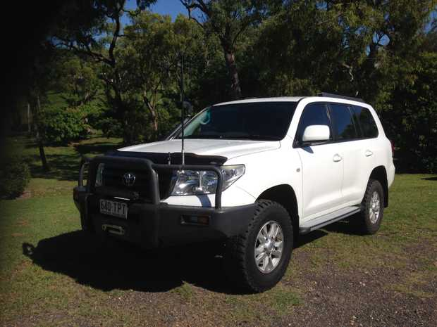 274,000klms, Excel Cond, bullbar, winch, towbar, lightbar, snorkel, H/duty suspension, lift...