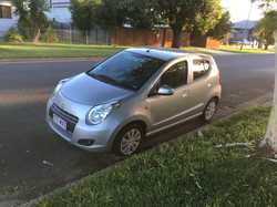 5 door hatchback, multi point f/inj,  5 speed manual, 3 cyl 1.0l, Excellent condition, low kms 35000...
