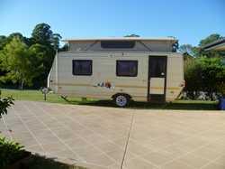 17' GOLF CHALLENGER Poptop Caravan. 1 owner, well maint'd. Sgl beds, annex, 2 x gas b...