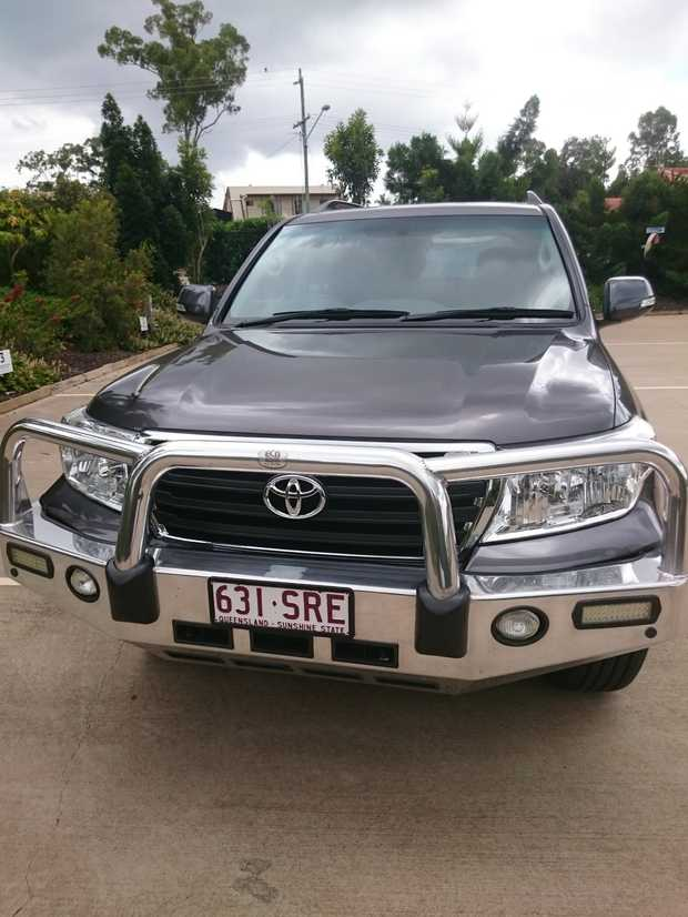 4WD V8 in immaculate condition.  All Leather upholstery, Console fridge,  Inbuilt Sat Navigation Sys...