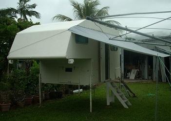 SLIDE ON CAMPER     For 8x6 flat tray ute.  High side 12v + 240v + 80w solar.  9...