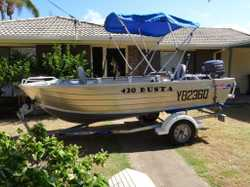 30HP Yamaha Motor. Approx 20hrs on motor. Boat has nav. lights, 2 x switch panels, depth sounder, bi...