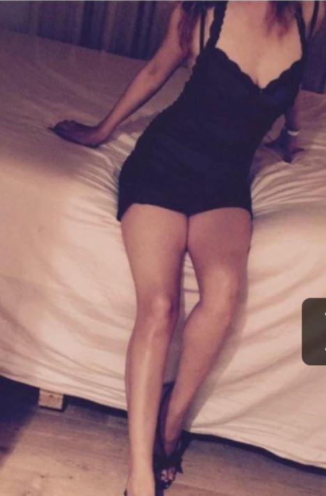 BURLEIGH     Asian, 35yo,  attractive busty,  leggy, friendly  Priv house -...