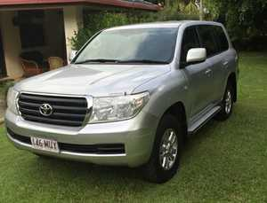 <p> 2010 Toyota L/Cruiser 200, GXL, diesel, 1 owner, Toyota serviced, log books, many features, great...