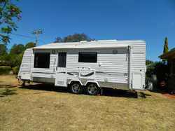 Q/Bed,En/suite,W/Machine,Solar,2batt,F/Oven,Micro, Tv,R/Awning,Anti/Flap&Roof; Rafters,185lt.Fridge,...