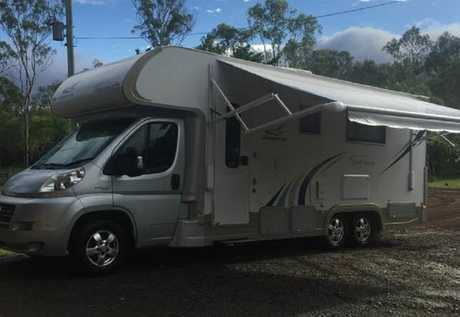 <p> 3L Turbo Diesel Double bed, toilet & shower. A/C heating, gvm 5000, double slide outs, fully...