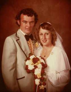 Warren & Marsha Hilliard May 20, 2018 Congratulations on 40 wonderful years of marriage! Love Stacey...