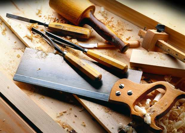 - A Beaut CARPENTER -   With 40 Years Experience - Call Glenn today   Quotes, Quality Wor...