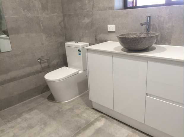 BUILDING RENOVATIONS .   BATHROOM RENOVATIONS .    KJEO Building Solutions - Where you...
