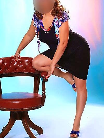 AUSSIE SEXY 40's     40DD bust,  Sz12,  Sexy toned firm body,  cosy pri...