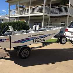 2005 wide body model. 2015 40hp Merc four stroke less than 40 hours. Live bait tank, bilge pump,  ne...