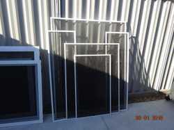 5 window & 2 sliding door screens off new home