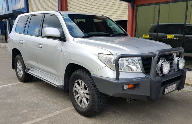 V8 turbo diesel, 8 seater with 170,000kms on the clock, top condition