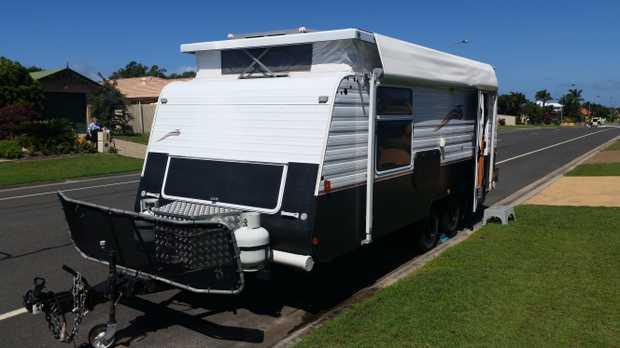19ft Poptop Caravan   Sleeps 2 Plenty of storage 180lt water Solar panel Dual wheels   $2...