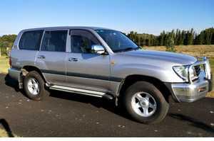 <p> 2000 LANDCRUISER GXL auto., </p> <p> 4.5 L petrol &...</p>