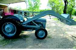 1953 Ferguson TED with bucket and forks, new battery, a rare find in this cond, $4700, PTO belt p...
