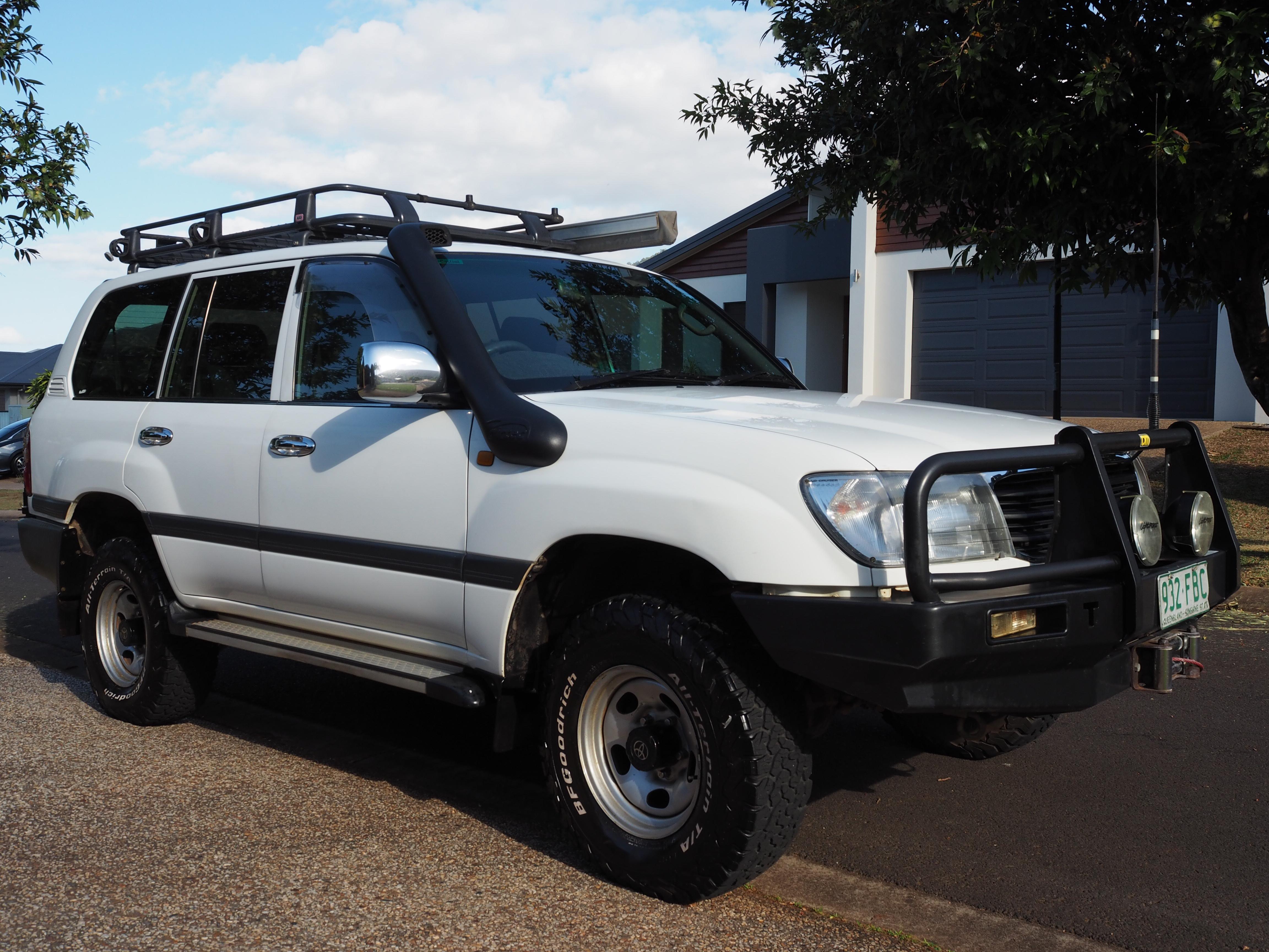 1999 GXL 8 Seater S/W. Man. diesel 275600km.   RWC VGC A/M Turbo, Full range of extas.   ...