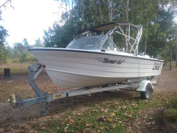 4 stroke, 75hp Honda, programmed fuel injection.