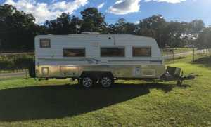 21ft,3/130watt solar panels,offroad, Shower and toilet,A/C,island bed Diesel heater,full annex,3 water...