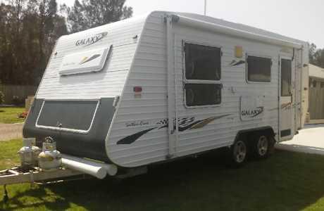 <p> 17.5ft Caravan series 4, long rego, toilet, shower, gas, </p> <p> hot water, solar, rear...</p>