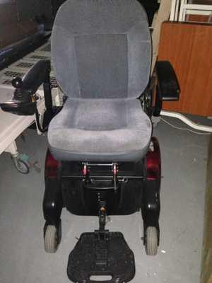 Quickie Aspire F11 Powerdrive Wheelchair.