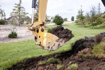 ALLE N ' S EA R T HMOVE RS CAT D6H DOZER * 22 Ton Excavator * Tip Truck * Elevating Scrapers *...