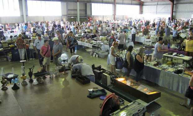 IPSWICH ANTIQUE FAIR