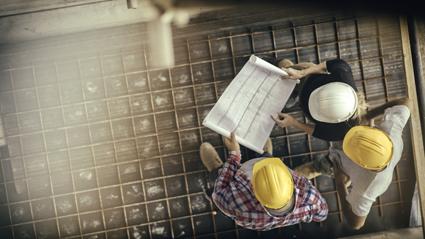 SPECIALISING IN ALL ASPECTS :    Carpentry  Decks & Pergolas  Body...