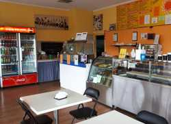 SNACK / CAFE  T.O $5,500 p.w guaranteed trial avail. Est. 30yrs, 5 Days, short hours with pote...