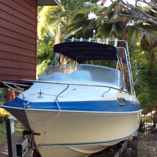 565L half cabin in good condition with 150 HP Yamaha 2 stroke fuel injected motor plus 8 hp 4 str...