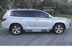 TOYOTA KLUGER 2010